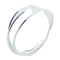 Elegant interlocked triple band silver ring