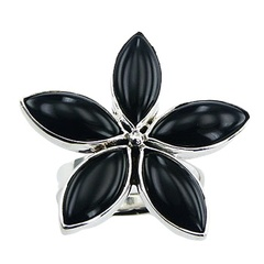 silver-gemstone-rings/black-agate-flower-ring