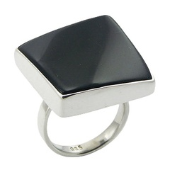 silver-gemstone-rings/diagonally-convexed-innovative-black_1