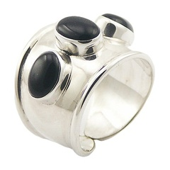 Oval Cut Black Agate Gemstone Tapering 925 Silver Ring