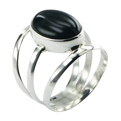 Oval Black Agate & Delicate Designed Silver Ring