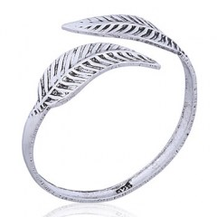 Antiqued 925 Silver Toe Ring Softly Curved Leaves
