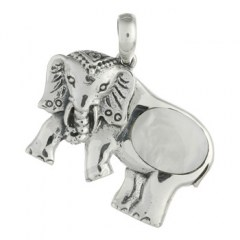 Marvelous Mother of Pearl Elephant 925 Silver Pendant