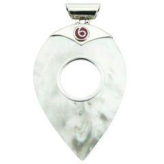 Highly Elegant Mother Of Pearl Pendant Coral On Silver Clasp