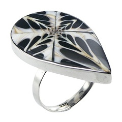Handmade black spider shell contrast pattern polished sterling silver ring